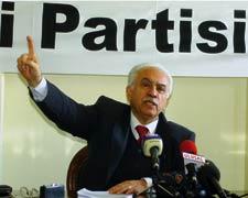 Doğu Perinçek'e göre Kıbrıs Barış Harekatı işgal