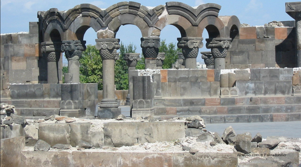Ermeniler'i yöneten Yahudiler